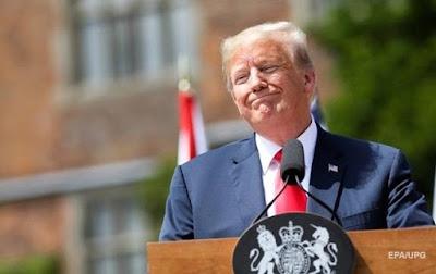 У Конгресі США зажадали допитати перекладачку Трампа