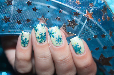 Nail Art : Jelly Sandwich and Snowflakes