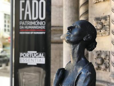 Estatuas de Lisboa: cantante de Fado
