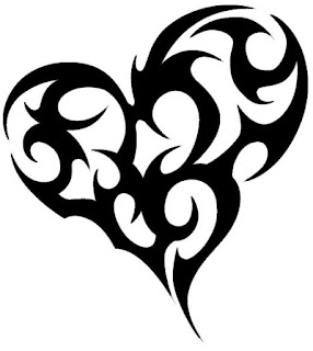tato tribal hati love