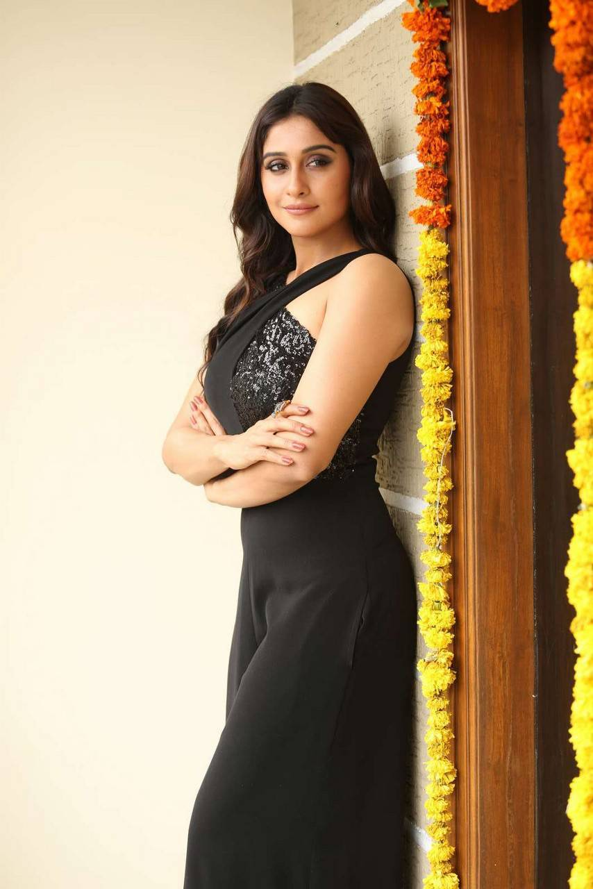 Regina Cassandra Latest Photos In Black Dress