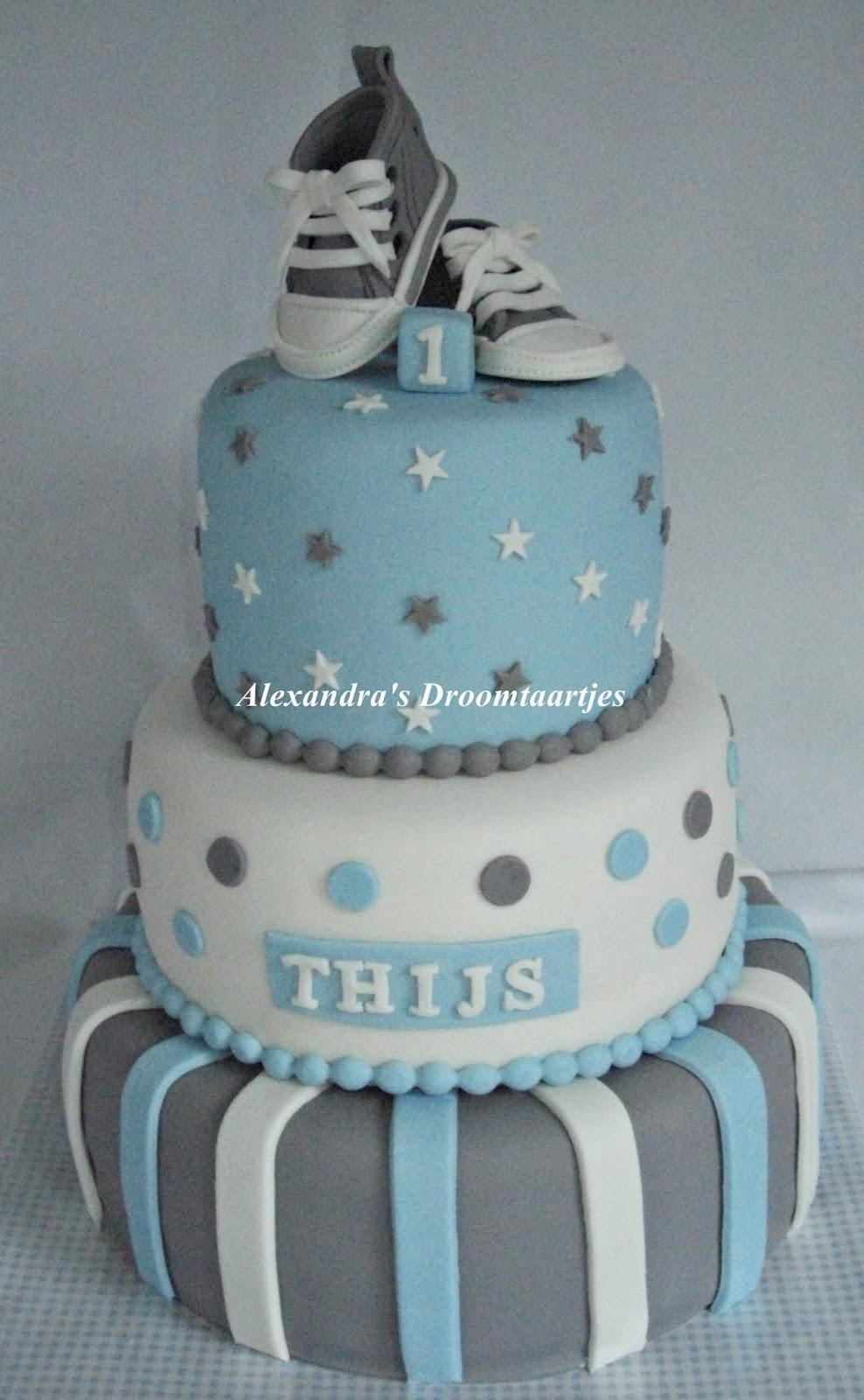 Geliefde Sneaker taart / cake jongen 1 jaar | Alexandra's droomtaartjes &GE11