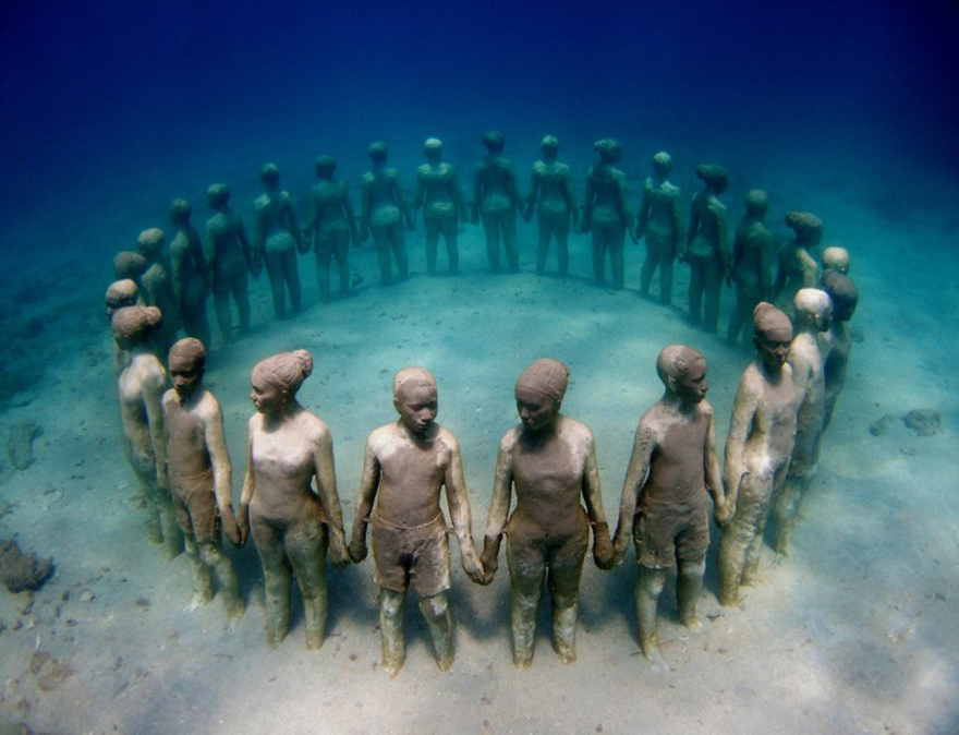 42 Of The Most Beautiful Sculptures In The World - Viccisitudes By Jason Decaires Taylor, Grenada, Vest Indies