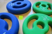 Dicke: Langhantel GEPOLSTERT inkl. Federverschluss / Gewichtsvarianten 2kg 4kg 6kg 8kg 10kg 12kg 14kg 18kg 20kg in unterschiedlichen Farben