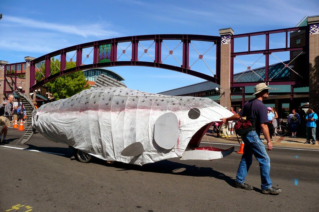 Eugene Celebration parade float, big fish, downtown traffic
