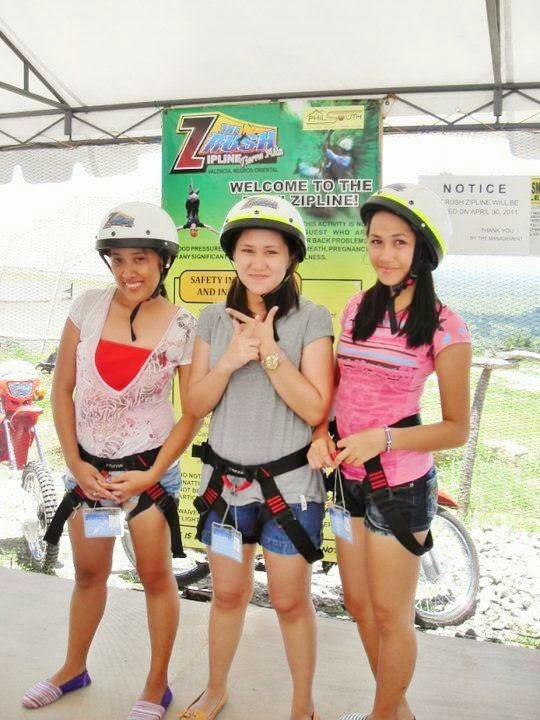 posing-before-the-zipline-ride