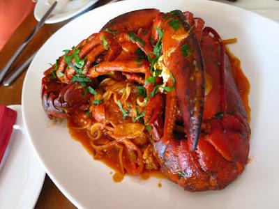 Cacio e Pepe, lobster linguine