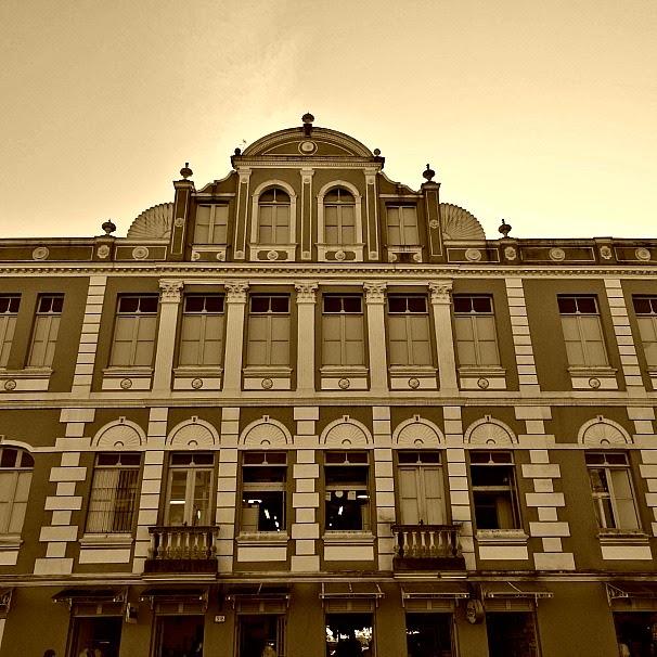 Antigo Hotel Metropol, na área do Cais Frederico Rolla, em Florianópolis
