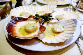 Mes Adresses : Le Duc, dîner sous les embruns dans un mythique restaurant dédié au poisson - Paris 14