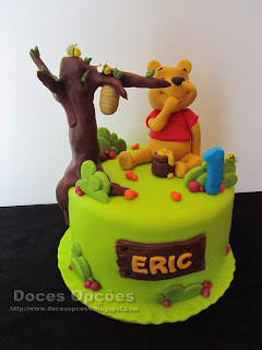 O Winnie the pooh foi ao 1º aniversário do Eric