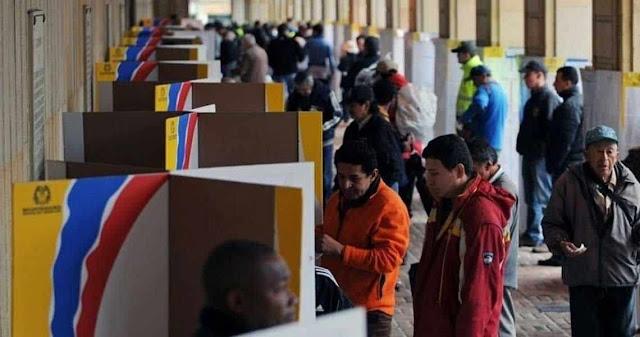 Candidato paramilitar lidera elecciones en Colombia, pero habrá segunda vuelta