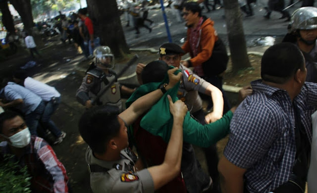 Hot News: Pendukung Jokowi Terluka Dalam Bentrokan Antar Siswa