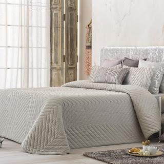 Colcha Bouti modelo Mointis color Beige de Antilo Textil
