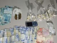 Polícia fecha fábrica clandestina de arma e apreende drogas em operação