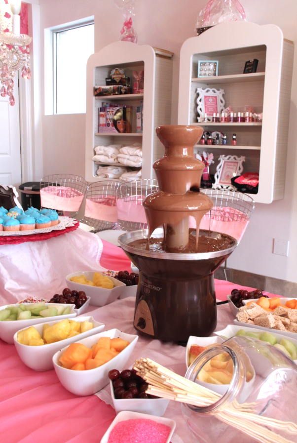 Back to School Glam Jam chocolate fountain