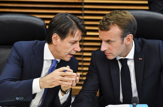 Τα «Κίτρινα γιλέκα» δοκιμάζουν τις σχέσεις Γαλλίας - Ιταλίας