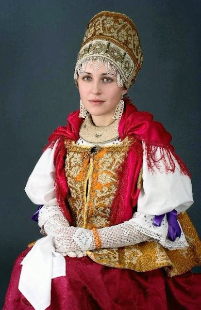 Russian traditional clothes