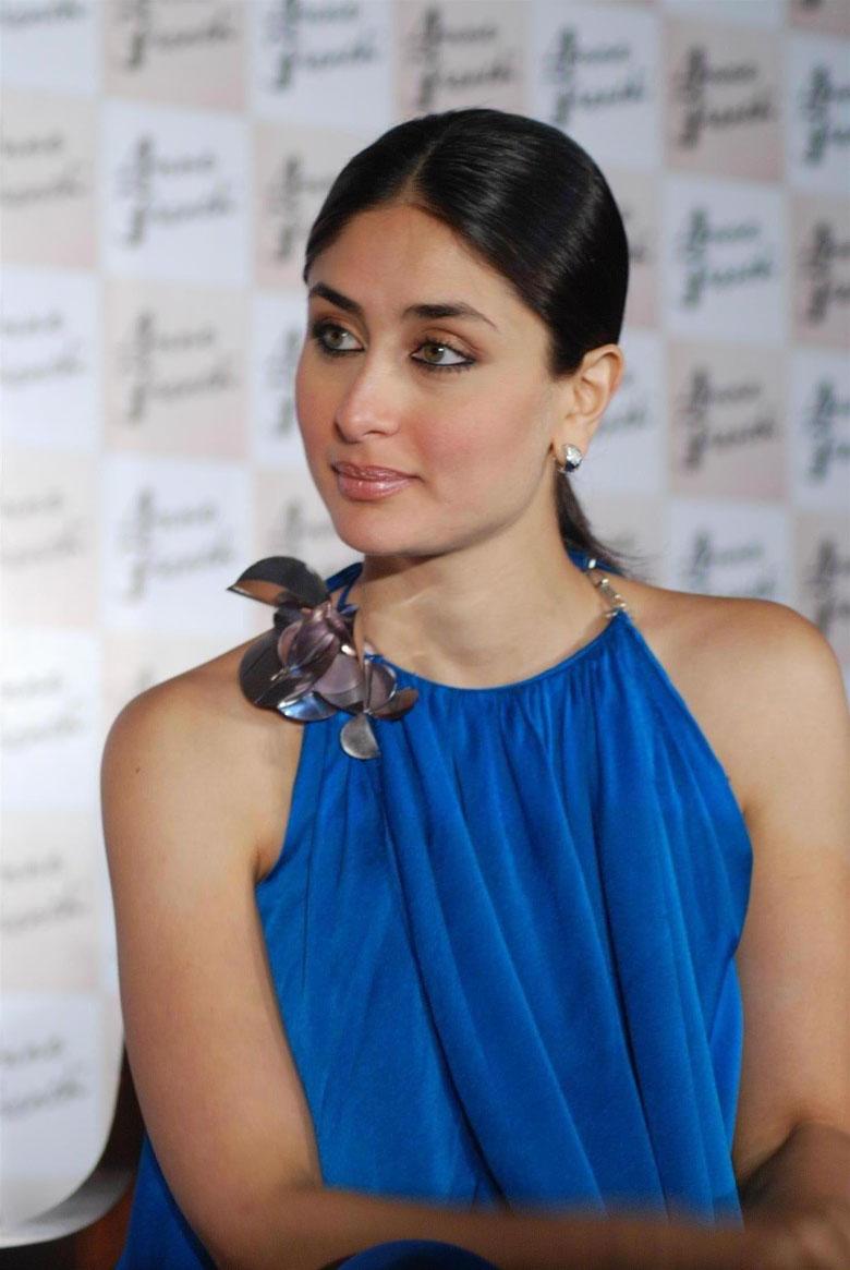 Celebrities Wallpapers Kareena Kapoor-1108