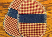 http://hangryfork.com/sewing-projects/old-jeans-make-denim-potholders/