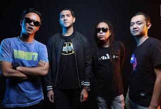 Download Kumpulan Lagu Mp3 Naff Album TERBAIK Lengkap