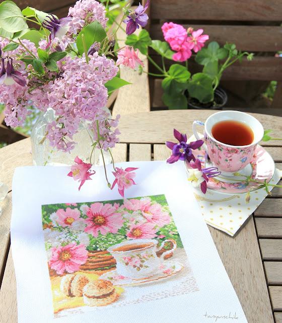 Утренний чай вышивка алиса
