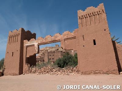 Puerta de La Joya del Nilo en Ait ben Haddou