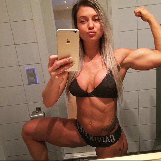 Fitness Model Caroline Aspenskog @aspenskog Instagram photos