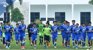 Mario Gomez Mengaku Sulit Menentukan Skuat Inti Persib Bandung