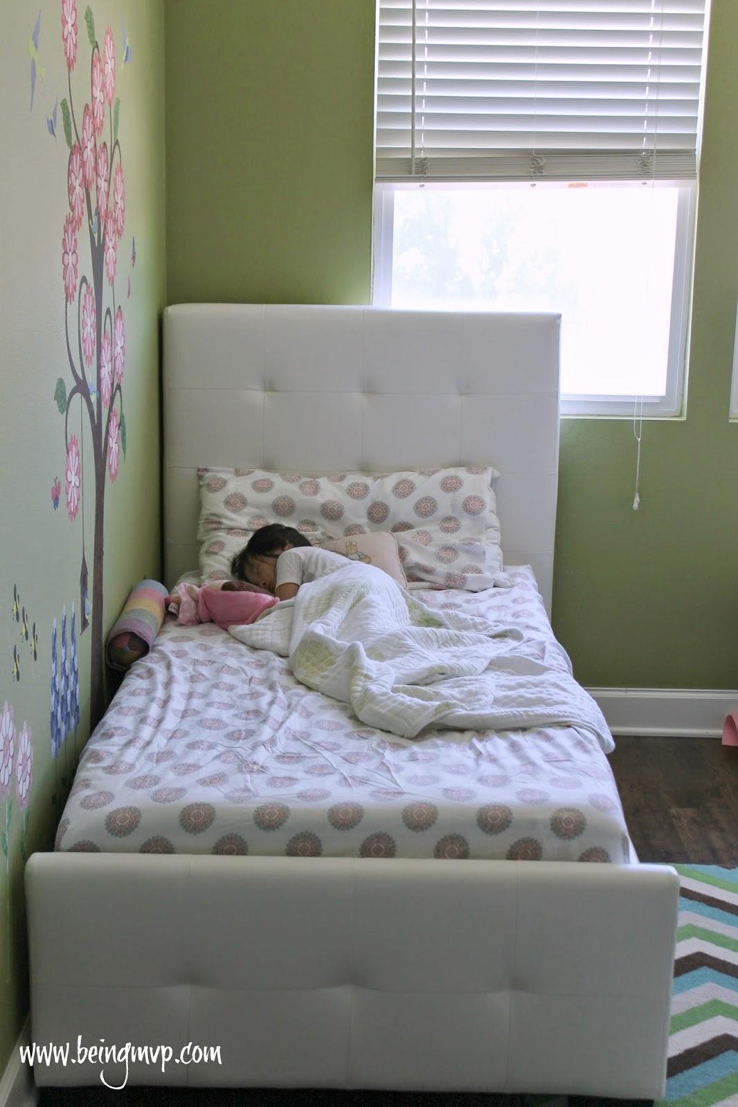 Being Mvp Kenzies Room Makeover Dhp Furniture Giveaway