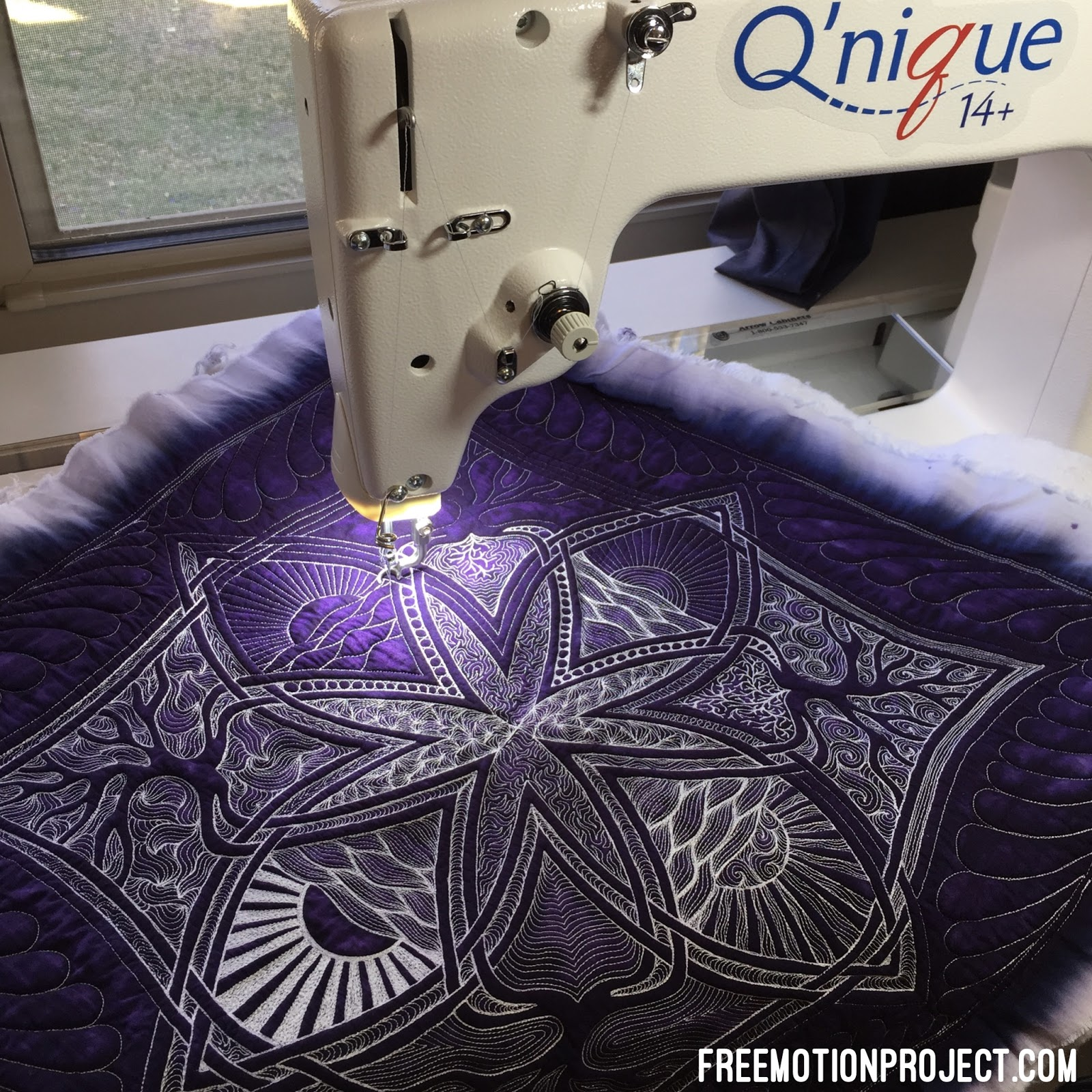 Quilting Slider Mat: The Free Motion Quilting Project: Dense Quilting On A