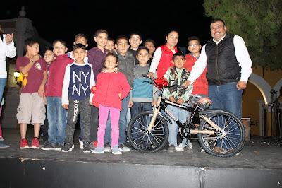 Asisten un aproximado de 4 mil niños a la posada navideña organizada por DIF Álamos
