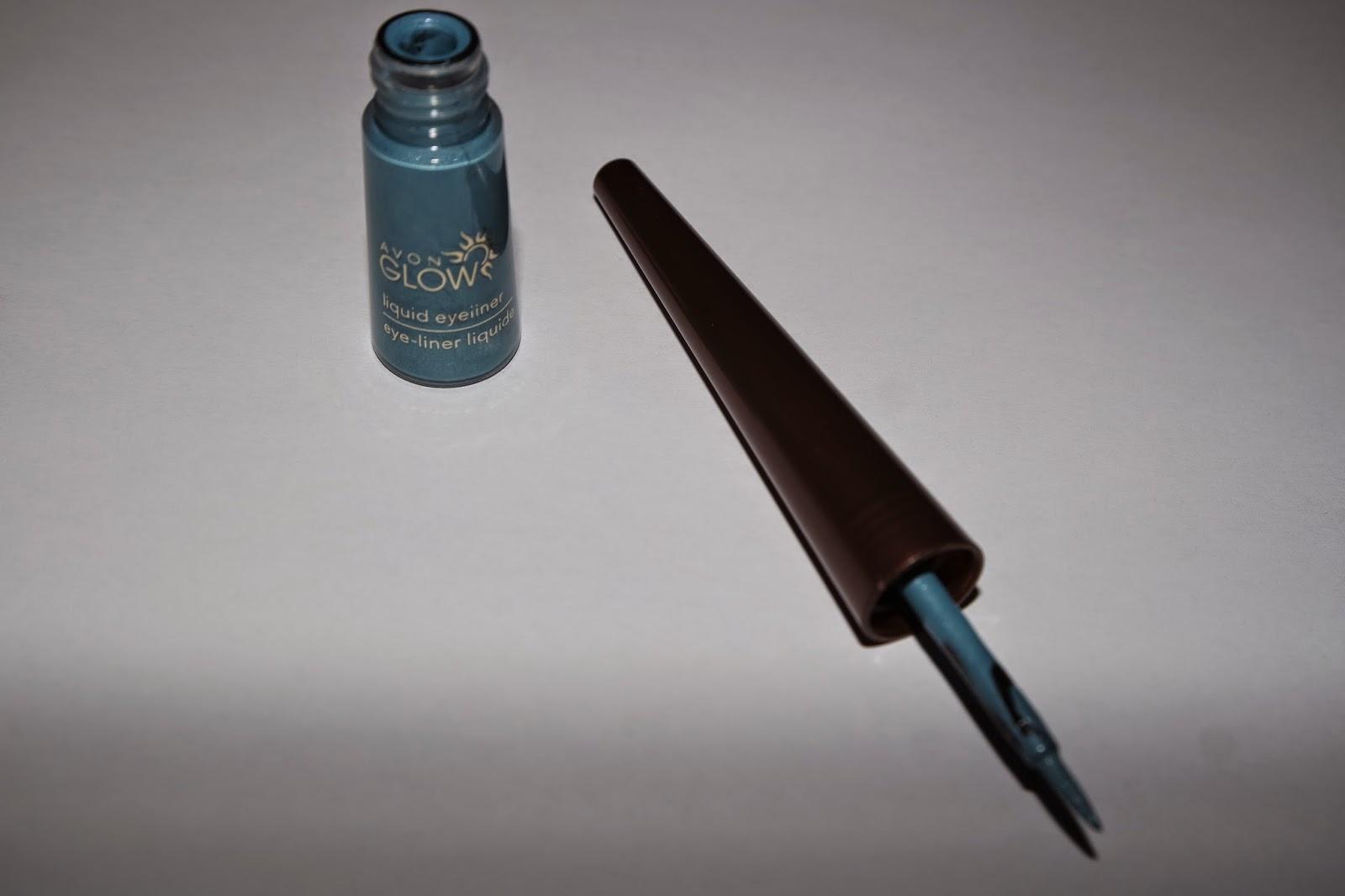 Tashika Bailey | Glow Liquid Eyeliner | Teal