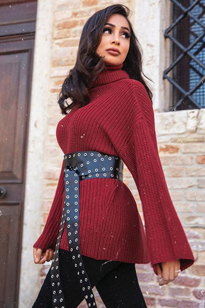 20+ Top Fall Outfits To Add To Your Wardrobe | Cozy Polo Knit Sweater in Red