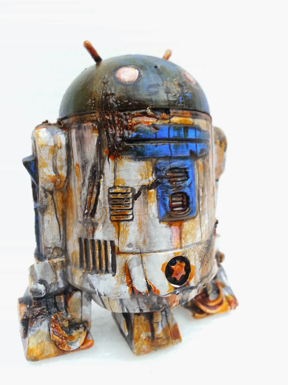 http://www.ebay.co.uk/itm/custom-android-star-wars-r2d2-vinyl-toy-battle-damaged-droid-3-5-inch-model-new-/151214509435?pt=UK_ToysGames_ActionFigures_ActionFigures_JN&hash=item2335164d7b