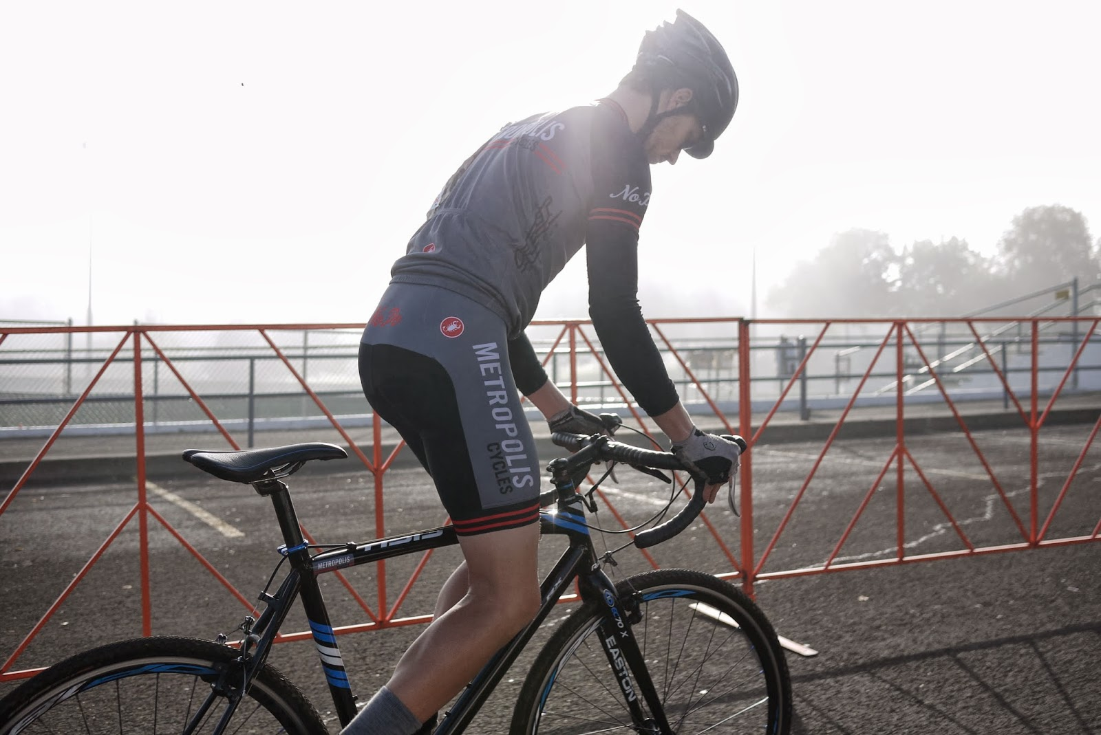 The First Race Of 2017 River City Bicycles Cyclocross Crusade Dawned Cool And Foggy Over Hills Southwest Portland Grounds