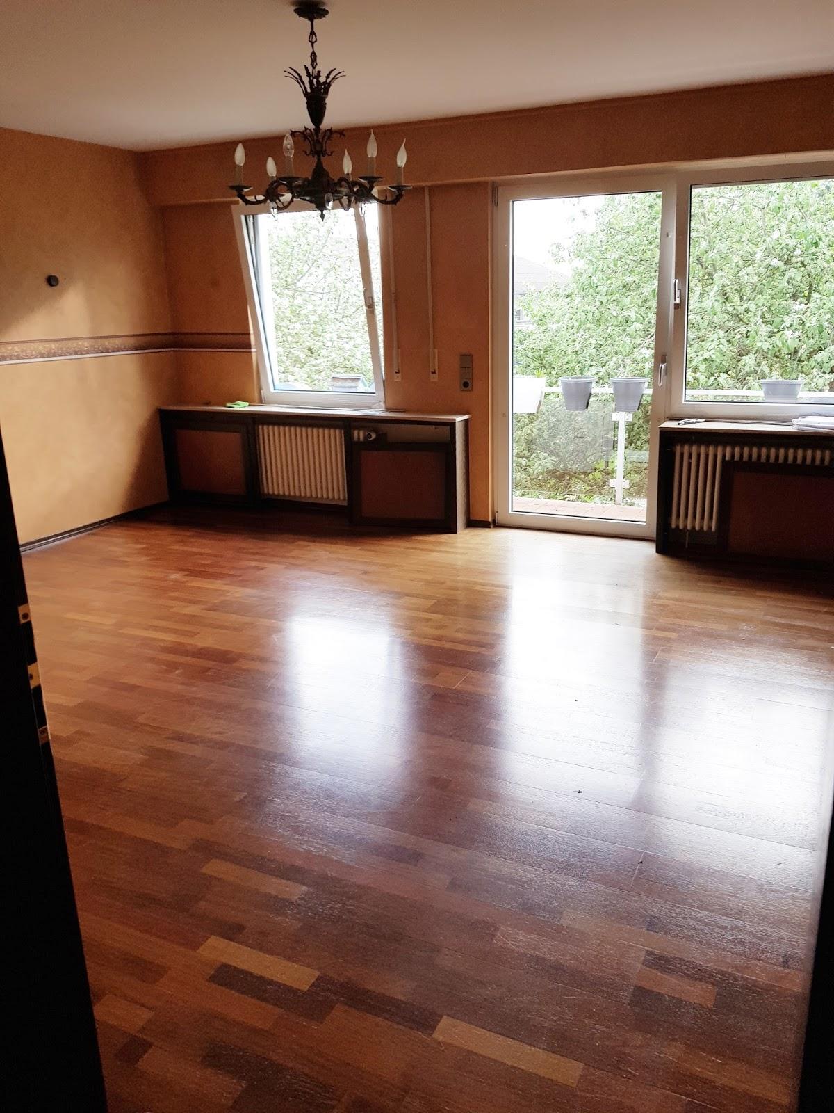 Wohnzimmer vor der Renovierung