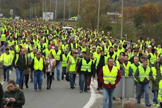 Gilet Gialli in Sardegna: sabato 2 febbraio protesta davanti alla Saras contro l'aumento del prezzo dei carburanti