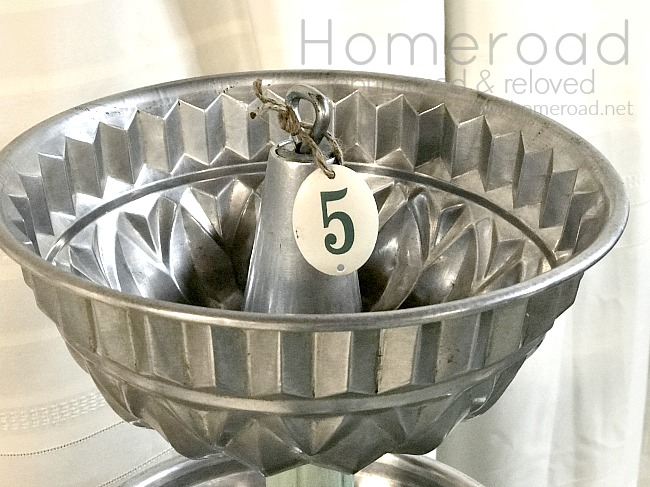 Vintage Bakeware Tiered Tray