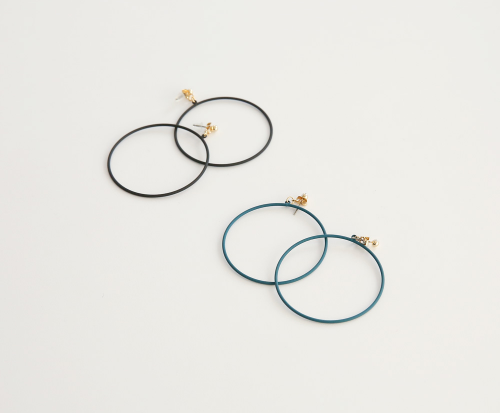 Solid-Colored Loop Earrings