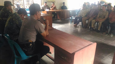 Kapolsek Pituruh Berikan Arahan kepada Sekdes Sang Dilantik Desa Sawangan