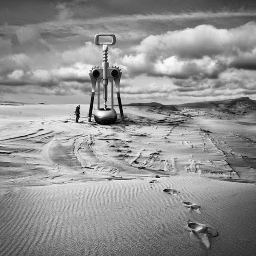07-Addiction-Dariusz-Klimczak-Black-and-White-Surreal-Altered-Reality-www-designstack-co