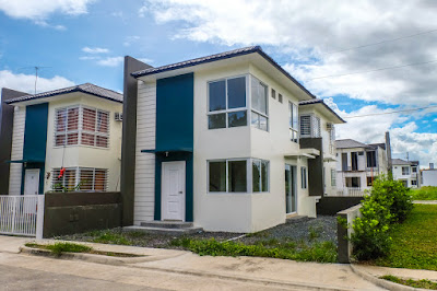 House and Lot for Sale in Laguna - Complete Unit