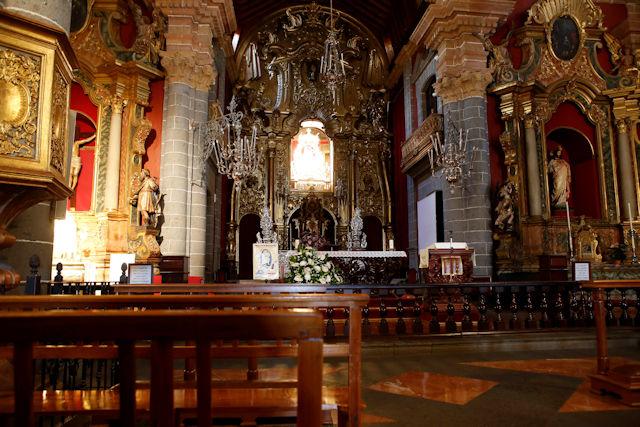 Altar der Basilika Nuestra Señora del Pino in Teror (C) Jan-Timo Schaube Fotografie