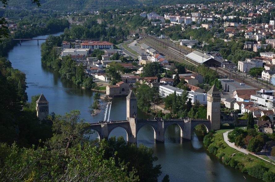 Cahors. El Pont Valantré i la Catedral de Saint-Etienne ~ km369  Viatges, ru...