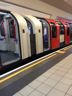 Central Line Red