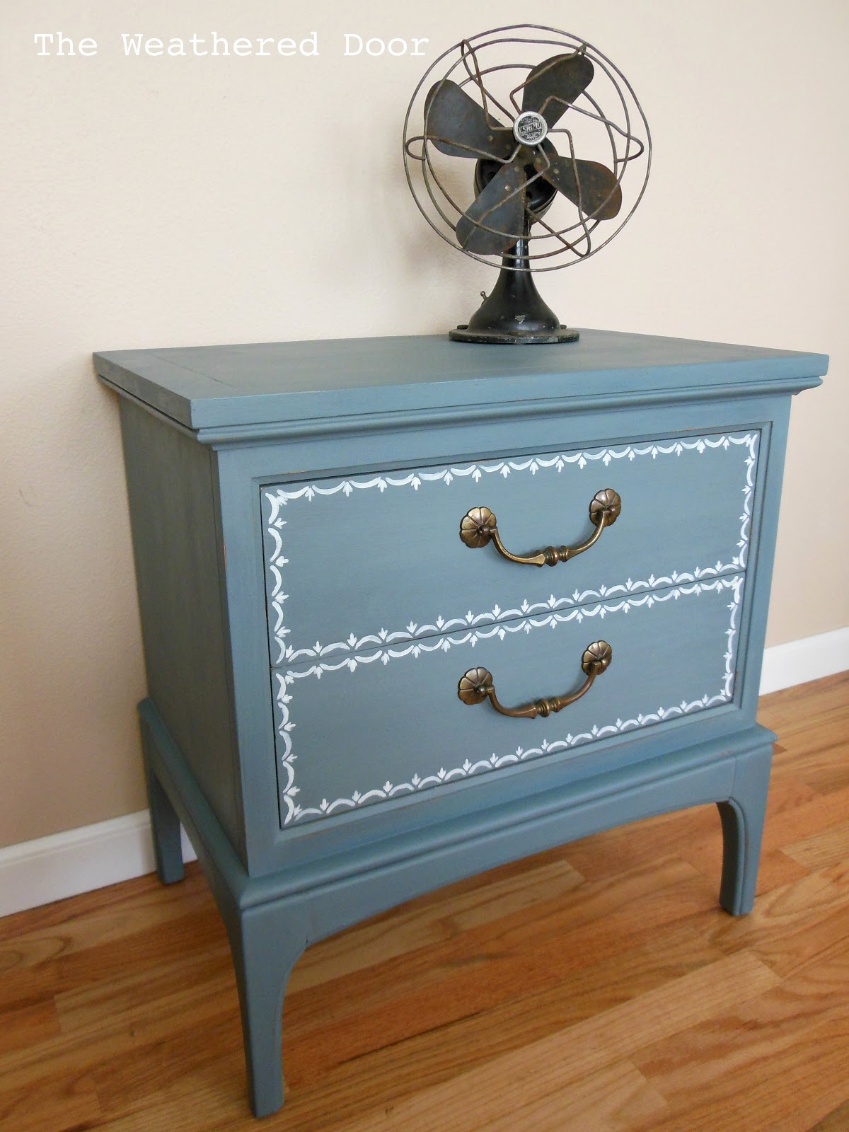 Blue nightstand with a little design - The Weathered Door