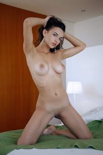 热裸女 - Gloria%2BSol-S01-010.jpg