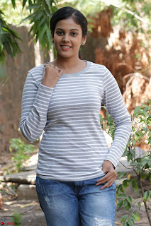 Actress Chandini in ed Tight Top at Ennodu Yilayadu tamil movie press meet ~  52.jpg