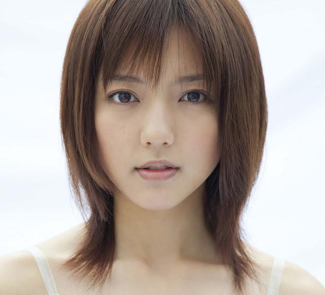 Mano Erina 真野恵里菜 Pictures 画像 02