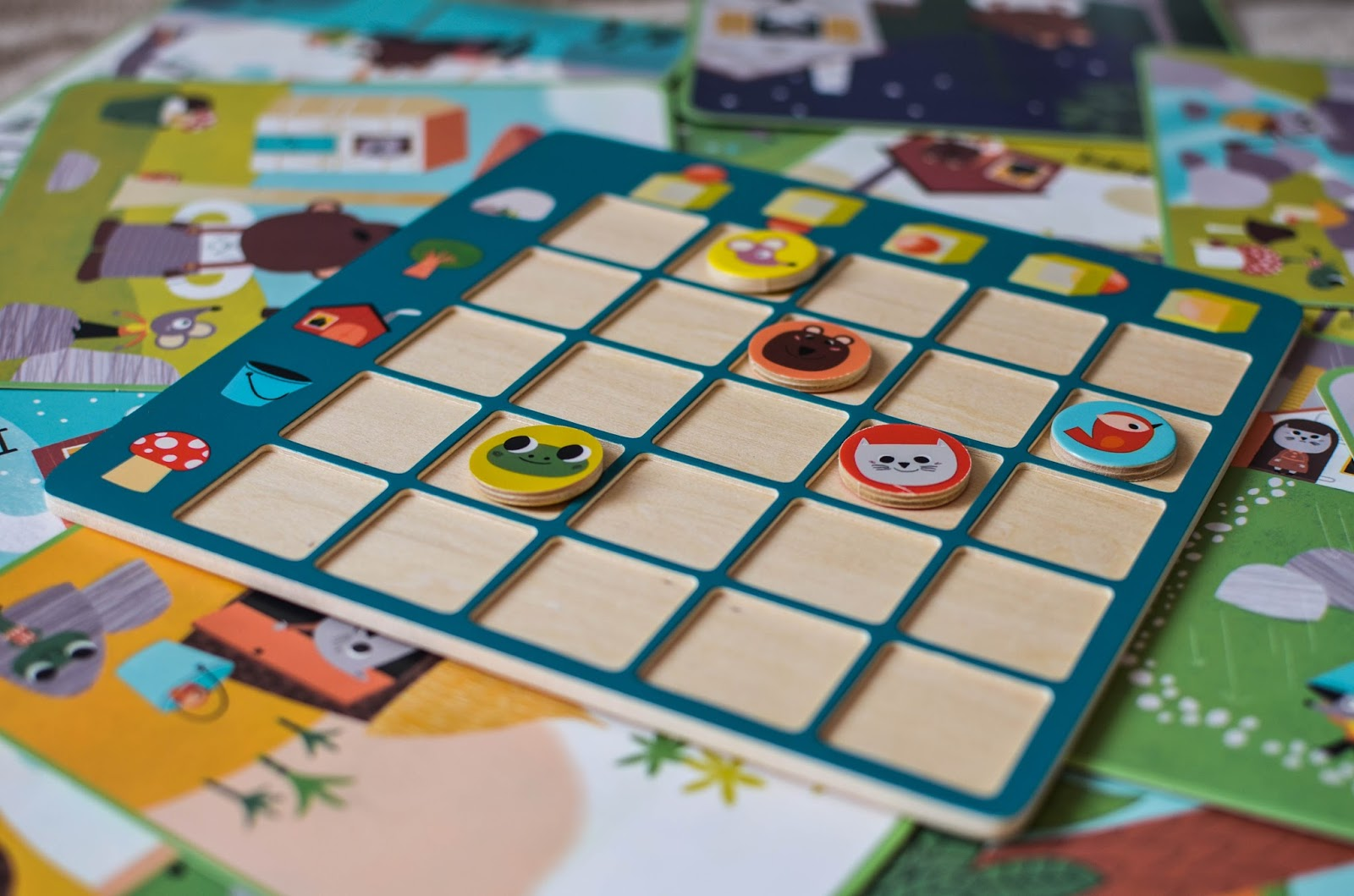 zabawki dla przedszkolaka, topologix, orientacja przestrzenna, gry dla czterolatków, gry edukacyjne, Djeco,